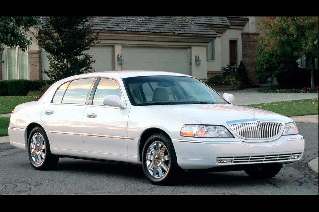 Lincoln Town Car Engines